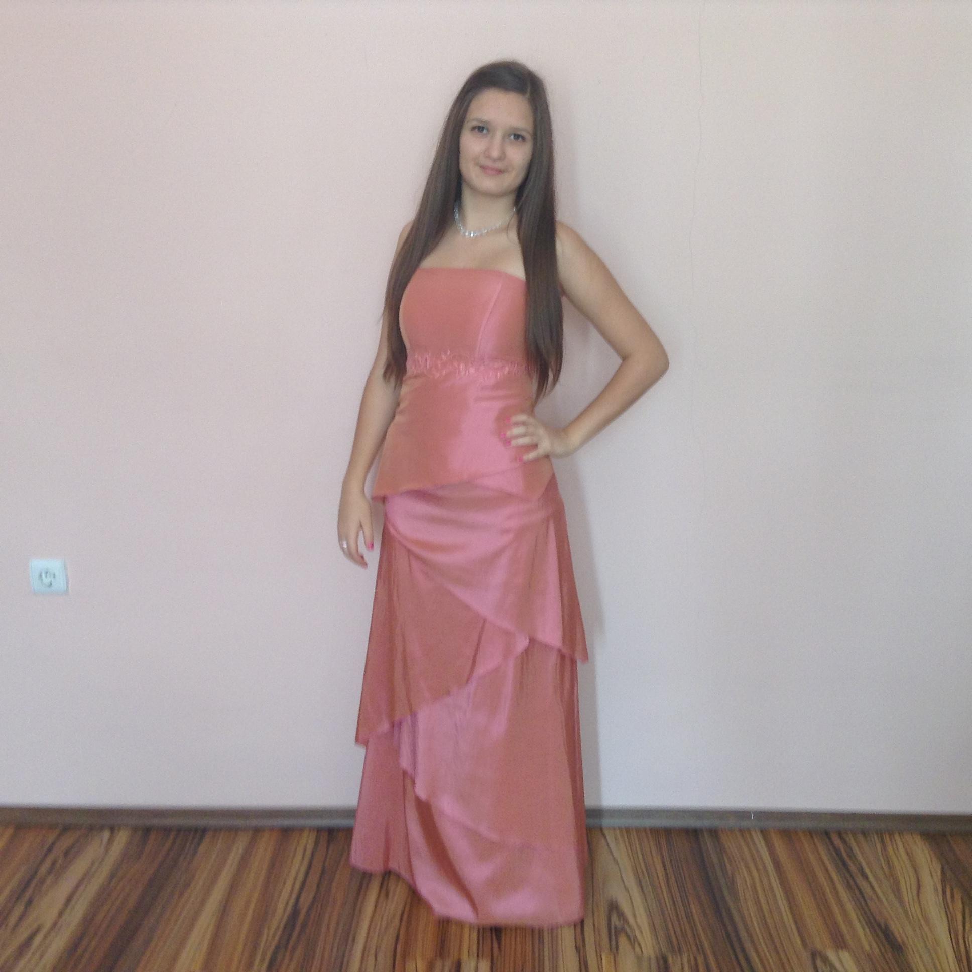 5b9dd8e10d7 Rózsaszín koszorúslány ruha (A-LA-8) - Evelin Esküvői Ruhaszalon